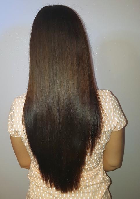 przykład zabiegu keratynowego prostowania włosów